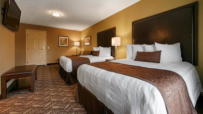 Guestroom | Best Western Grand Manor Inn