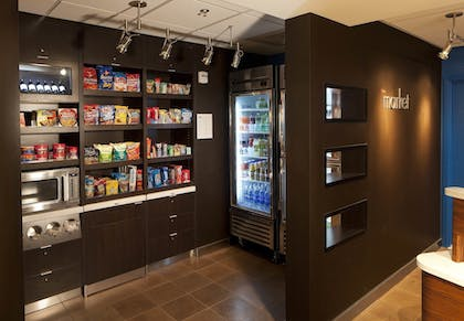 Snack Bar | Courtyard Miami Lakes by Marriott