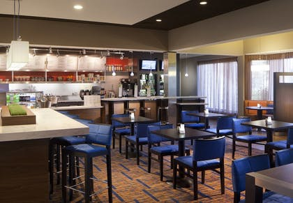 Cafe | Courtyard Miami Lakes by Marriott