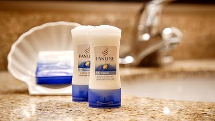 Bathroom Amenities | Best Western El Grande Inn