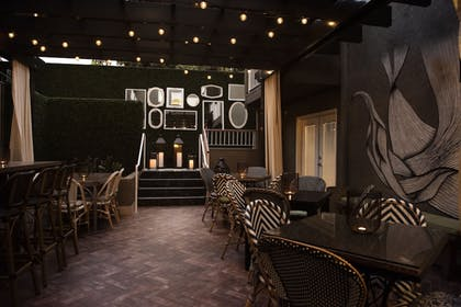 Hotel Bar | Chamberlain West Hollywood