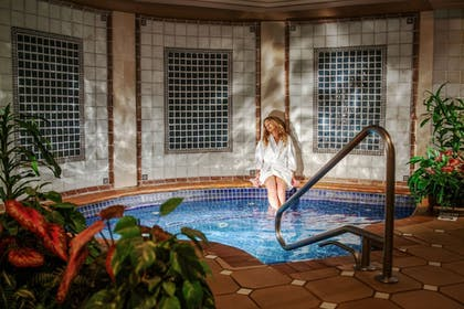 Indoor Spa Tub | The Spa at Norwich Inn