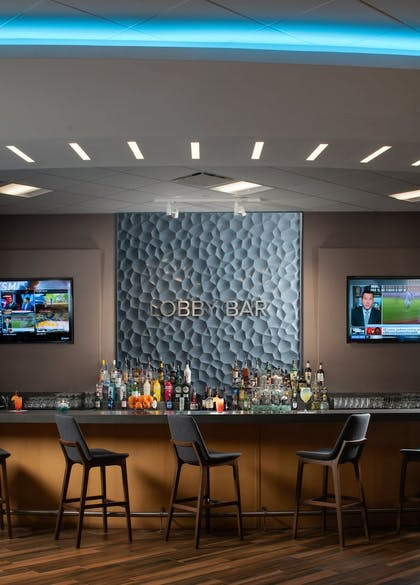 Hotel Bar | Avanti Palms Resort and Conference Center