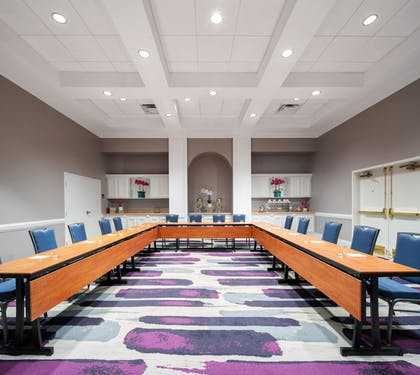Business Center | Avanti Palms Resort and Conference Center