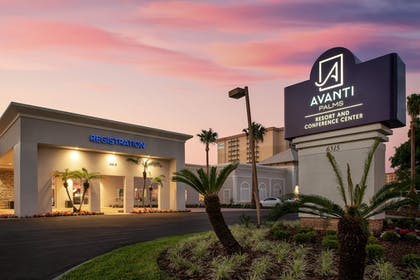 Hotel Front - Evening/Night | Avanti Palms Resort and Conference Center