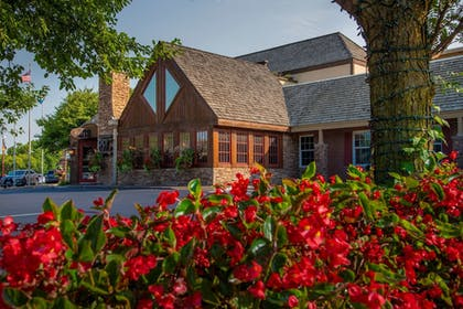 Featured Image | Best Western Plus White Bear Country Inn