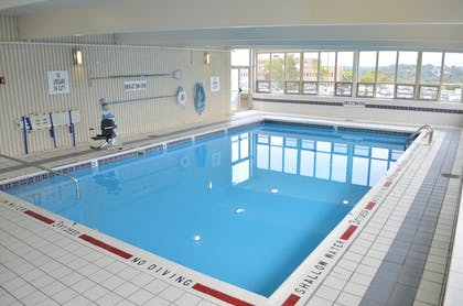 Pool | Holiday Inn Express & Suites Pittsburgh West - Greentree