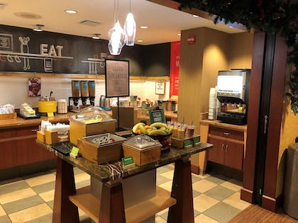 Buffet | Hampton Inn by Hilton York PA