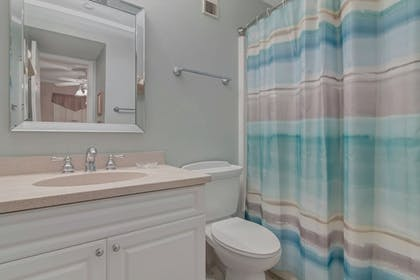 Bathroom | Hilton Head Island Beach & Tennis Resort