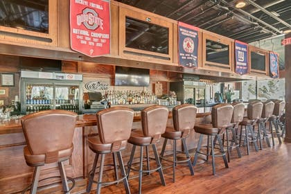 Hotel Bar | Hilton Head Island Beach & Tennis Resort