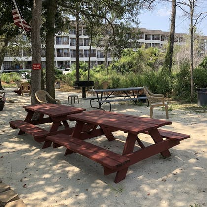 BBQ/Picnic Area | Hilton Head Island Beach & Tennis Resort