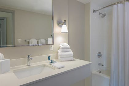 | Junior Suite, 1 King Bed | Four Points by Sheraton Orlando International Drive