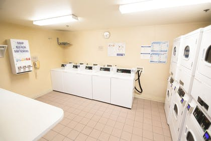 Laundry Room | Clementine Hotel & Suites Anaheim