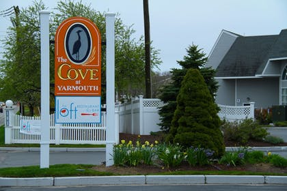 Exterior | The Cove At Yarmouth