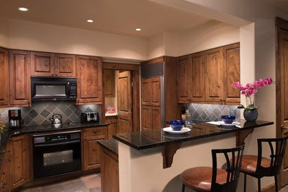 Private Kitchen | Snow King Resort Hotel & Luxury Residences