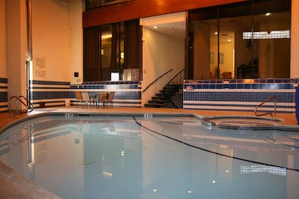 Pool | Best Western Bordentown Inn