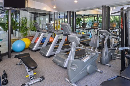 Fitness Facility | Madison Hotel