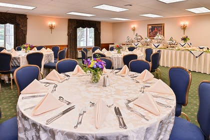 Banquet Hall | Madison Hotel