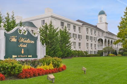 Featured Image | Madison Hotel