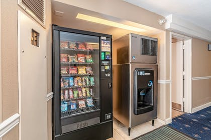 Vending Machine | Red Lion Hotel Rosslyn Iwo Jima