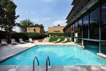 Pool | Holiday Inn Knoxville-West, I-40 & I-75