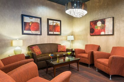Lobby | Holiday Inn Knoxville-West, I-40 & I-75