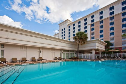 Outdoor Pool | Holiday Inn & Suites Across From Universal Orlando