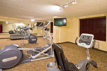 Fitness Facility | Holiday Inn & Suites Across From Universal Orlando