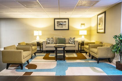 Lobby | Holiday Inn & Suites Across From Universal Orlando