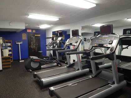 Sports Facility | Ramada by Wyndham Uniontown