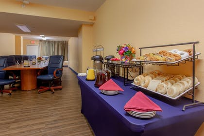 Meeting Facility | Quality Inn & Suites Port Canaveral Area