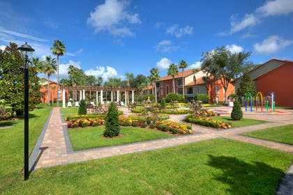 Garden | Legacy Vacation Resort Orlando-Kissimmee