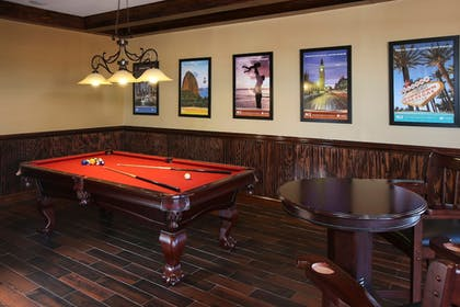 Billiards | Legacy Vacation Resort Orlando-Kissimmee