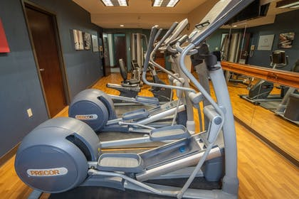 Fitness Facility | Comfort Suites Outlet Center
