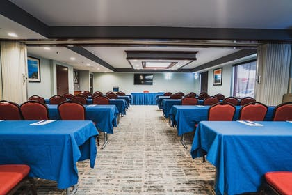 Meeting Facility | Comfort Suites Outlet Center