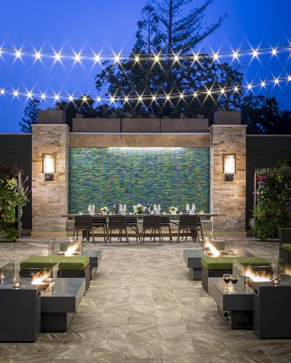 Property Grounds | Toll House Hotel