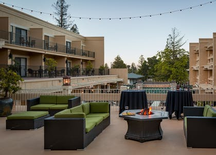 Terrace/Patio | Toll House Hotel
