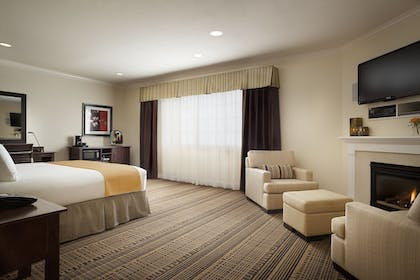 Room | Toll House Hotel