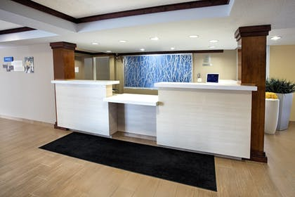 Lobby | Fairfield Inn and Suites By Marriott Merrillville