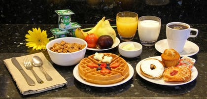 Breakfast Meal | Fairfield Inn and Suites By Marriott Merrillville