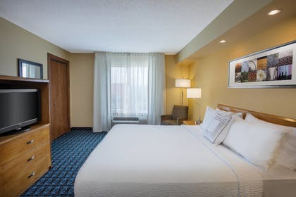 Guestroom | Fairfield Inn and Suites By Marriott Merrillville