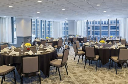 Meeting Facility   The Marquette Hotel, Curio Collection by Hilton