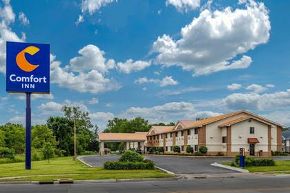 Featured Image | Comfort Inn Moline - Quad Cities