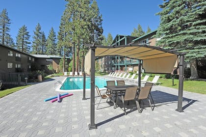 Outdoor Pool | Forest Suites Resort at Heavenly Village