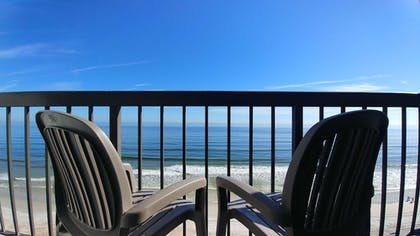 Featured Image | Tropical Winds Oceanfront Hotel
