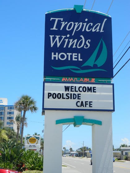 Property Grounds | Tropical Winds Oceanfront Hotel