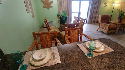 In-Room Dining | Tropical Winds Oceanfront Hotel