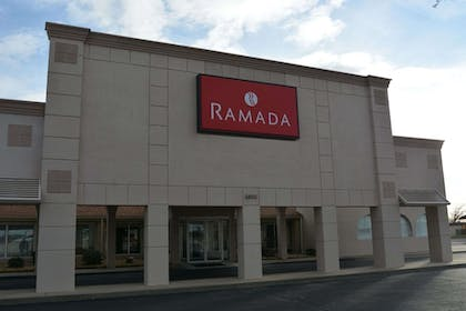 Featured Image | Ramada by Wyndham Wichita Airport