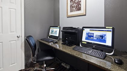 Business Center | Best Western The Inn At Rochester Airport