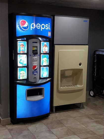 Vending Machine | Best Western The Inn At Rochester Airport